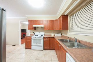 Photo 7: 13864 FALKIRK DRIVE in Surrey: Bear Creek Green Timbers House for sale : MLS®# R2334846