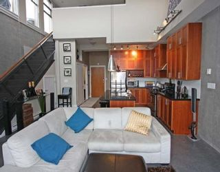 "Photo 3: 605 2635 PRINCE EDWARD Street in Vancouver: Mount Pleasant VE Condo for sale in ""SOMA LOFTS"" (Vancouver East)  : MLS®# V761642"