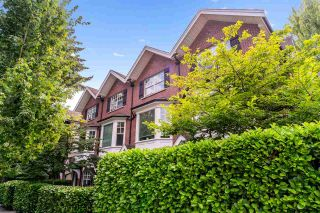 """Photo 2: 876 W 15TH Avenue in Vancouver: Fairview VW Townhouse for sale in """"Redbricks I"""" (Vancouver West)  : MLS®# R2506107"""