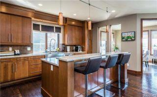 Photo 7: 24 Eastoak Drive in Winnipeg: Royalwood Residential for sale (2J)  : MLS®# 1713989