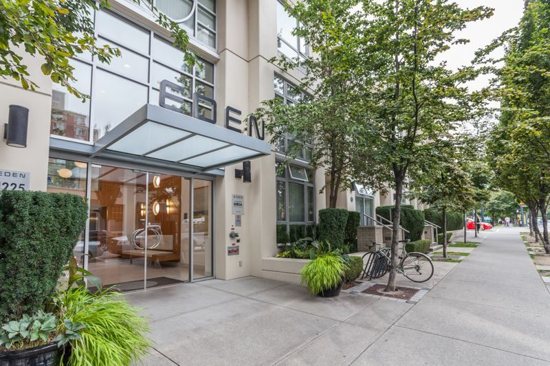 """Main Photo: 1007 1225 RICHARDS Street in Vancouver: Downtown VW Condo for sale in """"THE EDEN"""" (Vancouver West)  : MLS®# R2107560"""