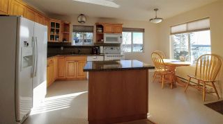 """Photo 11: 55205 JARDINE Road: Cluculz Lake House for sale in """"CLUCULZ LAKE"""" (PG Rural West (Zone 77))  : MLS®# R2351178"""