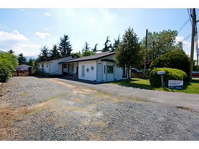 "Main Photo: 41464 YARROW CENTRAL Road: Yarrow House for sale in ""YARROW"" : MLS®# H1400149"