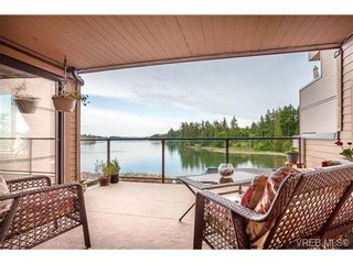 Photo 4: 207 485 Island Hwy in VICTORIA: VR Six Mile Condo for sale (View Royal)  : MLS®# 702261