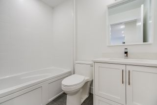 """Photo 22: 1013 - 1015 LAKEWOOD Drive in Vancouver: Grandview Woodland 1/2 Duplex for sale in """"""""THE DRIVE"""""""" (Vancouver East)  : MLS®# R2472521"""