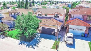 Main Photo: 9 Signature Close SW in Calgary: Signal Hill Detached for sale : MLS®# A1145041