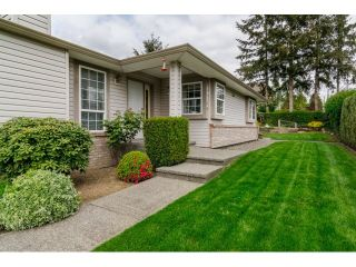 """Photo 2: 18155 60 Avenue in Surrey: Cloverdale BC House for sale in """"CLOVERDALE"""" (Cloverdale)  : MLS®# R2056638"""