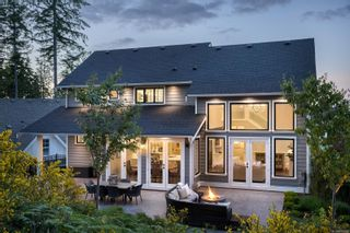 Photo 3: 2180 Champions Way in : La Bear Mountain House for sale (Langford)  : MLS®# 878618