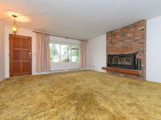 Photo 2: 353 Pritchard Rd in COMOX: CV Comox (Town of) House for sale (Comox Valley)  : MLS®# 747217