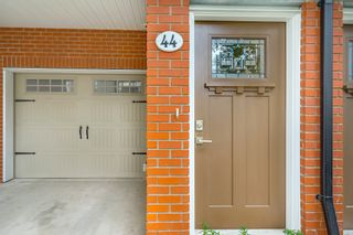 """Photo 3: 44 8068 207 Street in Langley: Willoughby Heights Townhouse for sale in """"Willoughby"""" : MLS®# R2410149"""