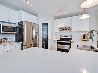Photo 12: 53 INVERNESS Rise SE in Calgary: McKenzie Towne Detached for sale : MLS®# C4264028