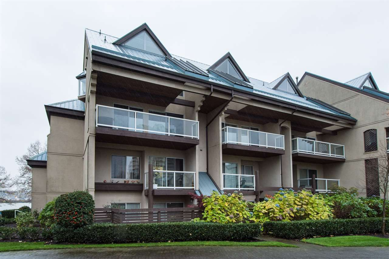 Main Photo: 207 5 K DE K COURT in New Westminster: Quay Townhouse for sale : MLS®# R2015549