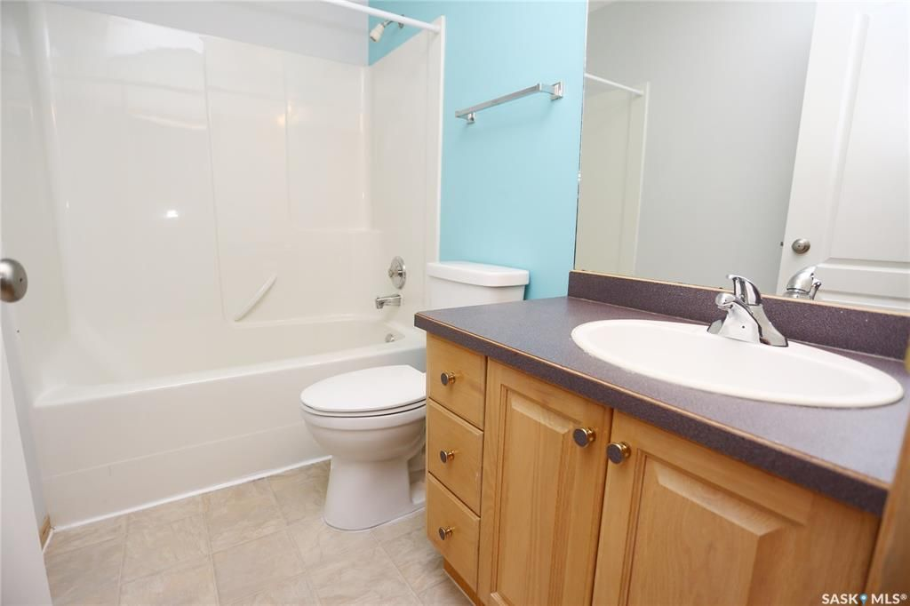 Photo 20: Photos: 206 1st Avenue North in Warman: Residential for sale : MLS®# SK796281
