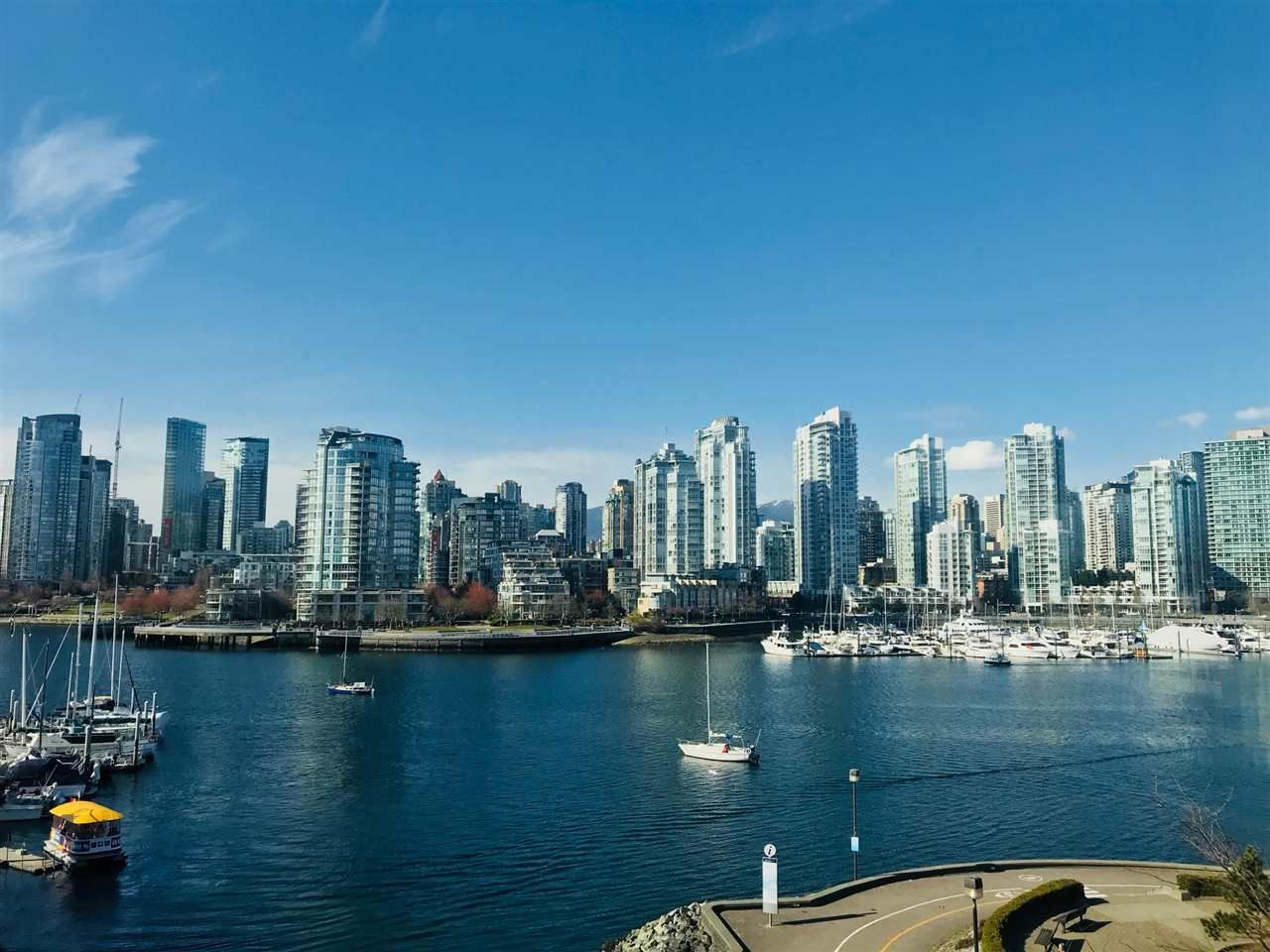 """Main Photo: 516 456 MOBERLY Road in Vancouver: False Creek Condo for sale in """"PACIFIC COVE"""" (Vancouver West)  : MLS®# R2248992"""