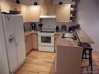 Photo 3: 902 288 Eltham Rd in VICTORIA: VR View Royal Row/Townhouse for sale (View Royal)  : MLS®# 654891