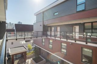 """Photo 33: 305 218 CARNARVON Street in New Westminster: Downtown NW Townhouse for sale in """"Irving Living"""" : MLS®# R2505635"""