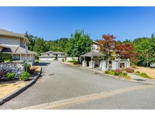 """Photo 5: 15 35253 CAMDEN Court in Abbotsford: Abbotsford East Townhouse for sale in """"Camden Court"""" : MLS®# R2600952"""