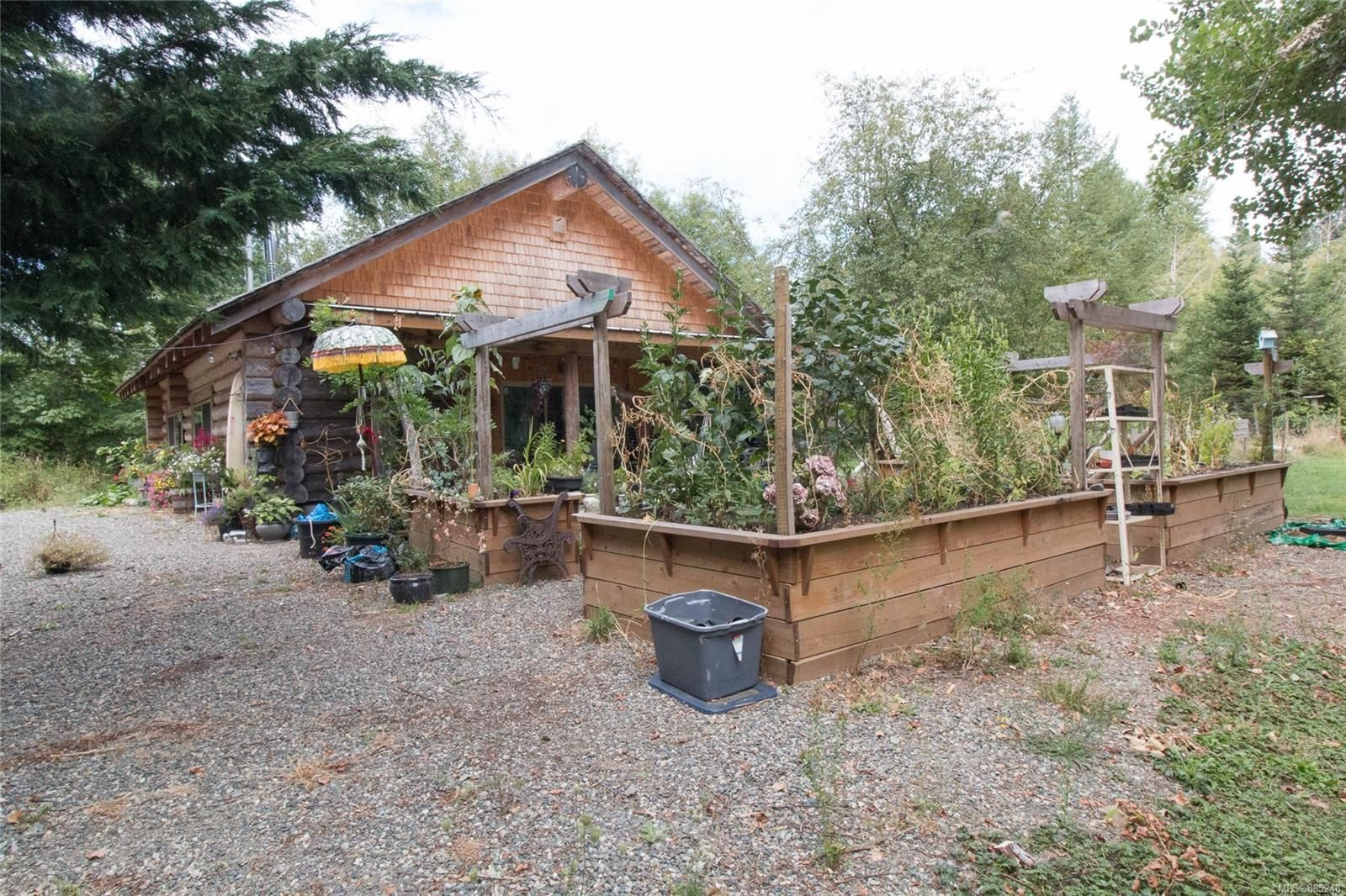 Main Photo: 5866 Nelson Rd in : CV Courtenay North House for sale (Comox Valley)  : MLS®# 885248