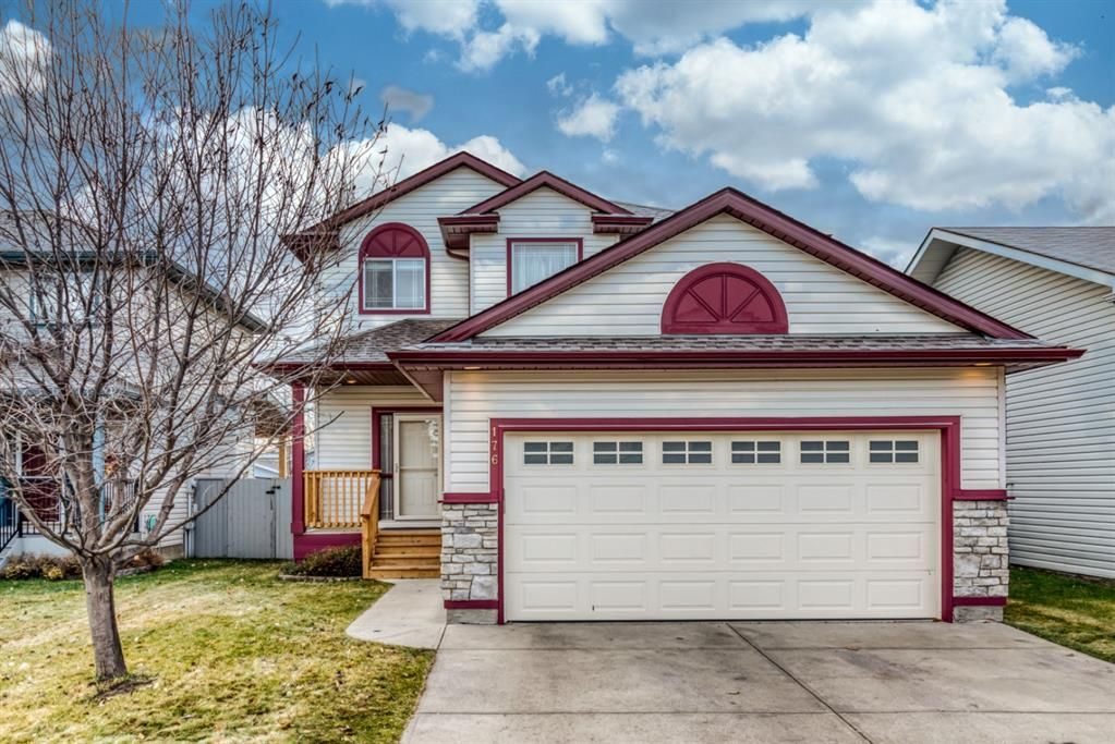 Main Photo: 176 Creek Gardens Close NW: Airdrie Detached for sale : MLS®# A1048124
