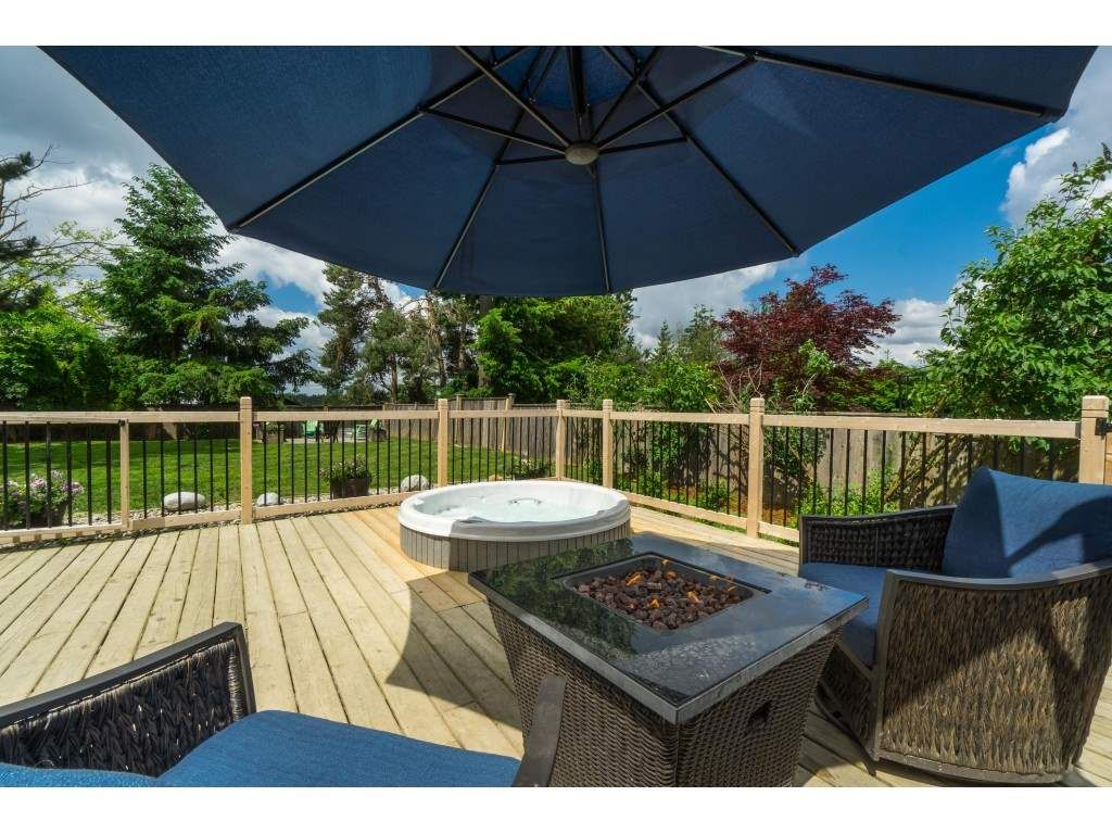 """Photo 34: Photos: 2669 VALEMONT Crescent in Abbotsford: Abbotsford West House for sale in """"West Clearbrook"""" : MLS®# R2460646"""