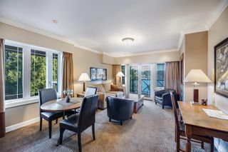 Photo 2: 201 2326 Harbour Rd in : Si Sidney North-East Condo for sale (Sidney)  : MLS®# 857298