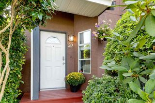 """Photo 3: 20 1336 PITT RIVER Road in Port Coquitlam: Citadel PQ Townhouse for sale in """"WILLOW GLEN ESTATES"""" : MLS®# R2498606"""
