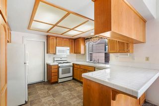 Photo 6: EL CAJON House for sale : 3 bedrooms : 9242 Lake Valley Rd