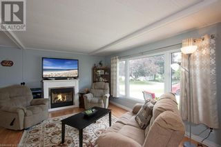 Photo 4: 165 MISSISSAUGA Place in Grand Bend: House for sale : MLS®# 40138858