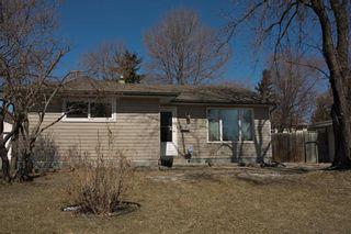 Photo 3: 15 Meadowbrook Road in Winnipeg: Southdale Residential for sale (2H)  : MLS®# 202107336