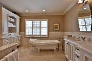 Photo 8: 18 Louise Circle in Vaughan: Kleinburg House (2-Storey) for sale : MLS®# N2908335