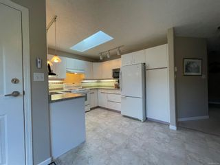 Photo 10: 2302 Amherst Ave in : Si Sidney North-East Half Duplex for sale (Sidney)  : MLS®# 878495
