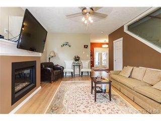 Photo 5: 639 Treanor Ave in VICTORIA: La Thetis Heights House for sale (Langford)  : MLS®# 671823