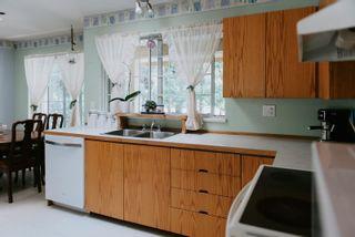Photo 4: 8020 COOPER Road in Halfmoon Bay: Halfmn Bay Secret Cv Redroofs House for sale (Sunshine Coast)  : MLS®# R2601037