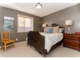 Photo 21: 76 STRATHLEA Place SW in Calgary: Strathcona Park House for sale : MLS®# C4092293