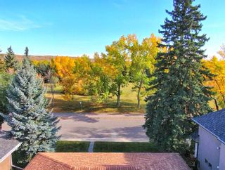 Photo 5: 2823 Canmore Road NW in Calgary: Banff Trail Detached for sale : MLS®# A1153818