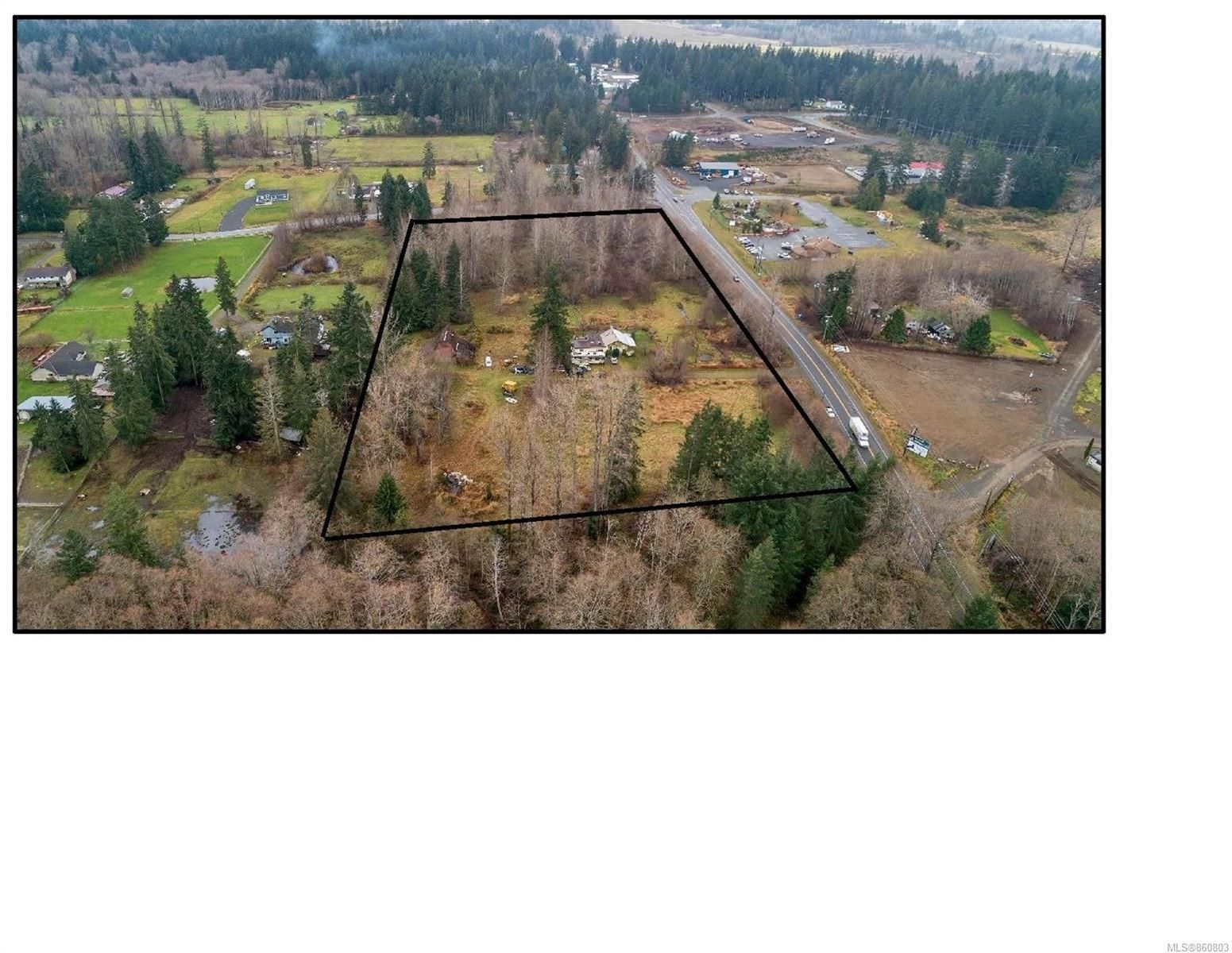 Photo 2: Photos: 8712 N Island Hwy in : CV Merville Black Creek Other for sale (Comox Valley)  : MLS®# 860803