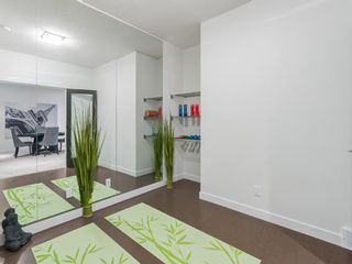 Photo 11: 1 Sierra Morena Manor SW in Calgary: Signal Hill Semi Detached for sale : MLS®# A1143400