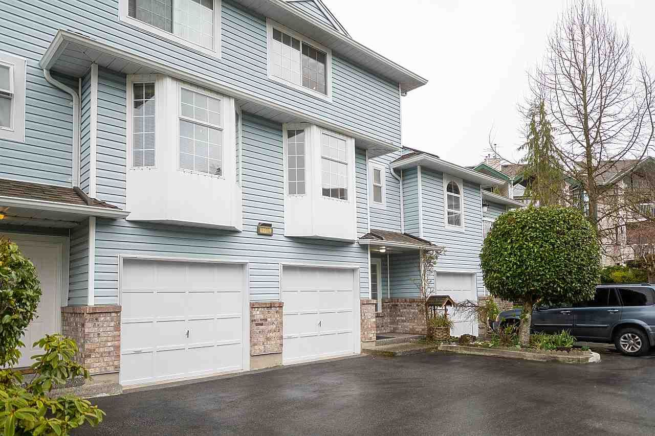 """Main Photo: 2 13919 70 Avenue in Surrey: East Newton Townhouse for sale in """"UPTON PLACE"""" : MLS®# R2564561"""