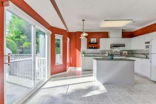 """Photo 8: 9 20750 TELEGRAPH Trail in Langley: Walnut Grove Townhouse for sale in """"Heritage Glen"""" : MLS®# R2267788"""