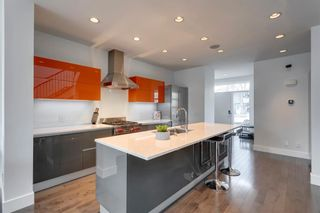 Photo 12: 441 22 Avenue NE in Calgary: Winston Heights/Mountview Semi Detached for sale : MLS®# A1106581