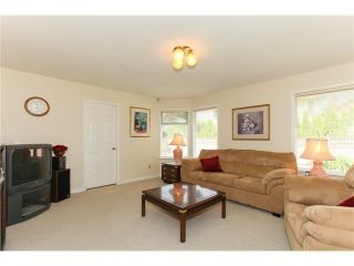 "Photo 4: 5255 CENTRAL AV in Ladner: Hawthorne House for sale in ""HAWTHORNE"" : MLS®# V990700"