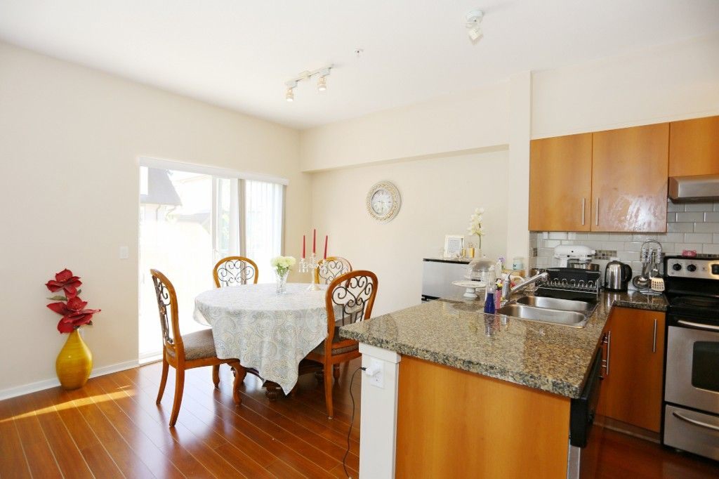"""Photo 5: Photos: 82 8089 209 Street in Langley: Willoughby Heights Townhouse for sale in """"Arborel Park"""" : MLS®# R2067787"""