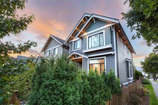 Photo 3: 2195 E PENDER Street in Vancouver: Hastings House for sale (Vancouver East)  : MLS®# R2463830