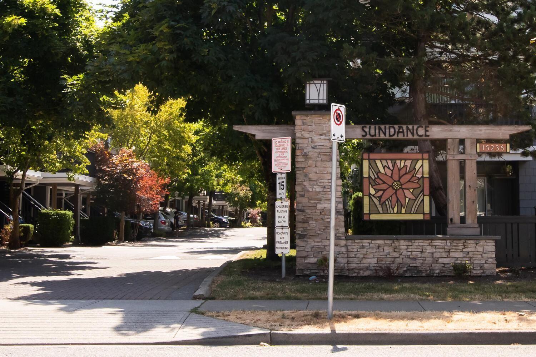 "Main Photo: 92 15233 34 Avenue in Surrey: Morgan Creek Townhouse for sale in ""SUNDANCE"" (South Surrey White Rock)  : MLS®# R2608679"