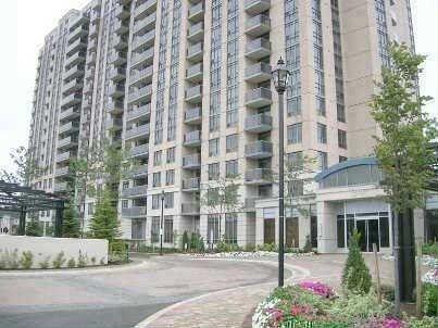 Main Photo: 9 18 Mondeo Drive in Toronto: Dorset Park Condo for lease (Toronto E04)  : MLS®# E2829420