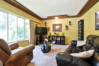 """Photo 5: 3293 BEVERLEY Crescent in Abbotsford: Abbotsford East House for sale in """"Ten Oaks"""" : MLS®# R2596696"""