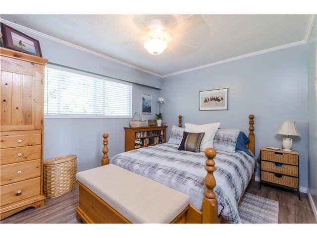 Photo 7: Photos: 5241 BELAIR Crescent in Tsawwassen: Cliff Drive House for sale : MLS®# V1140250