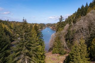 Photo 3: 448 CUFRA Trail in : Isl Thetis Island House for sale (Islands)  : MLS®# 871550