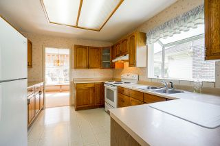 """Photo 12: 94 RICHMOND Street in New Westminster: Fraserview NW House for sale in """"Fraserview"""" : MLS®# R2563757"""