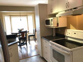 Photo 3: 5 1750 MCKINLEY Court in : Sahali Townhouse for sale (Kamloops)  : MLS®# 145773